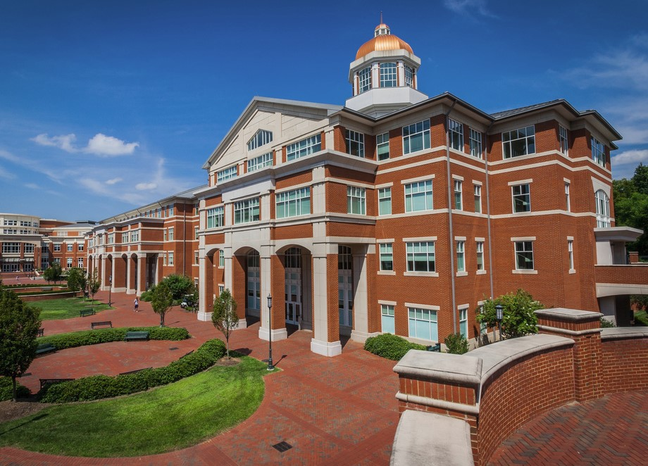 UNC Charlotte CHHS Building